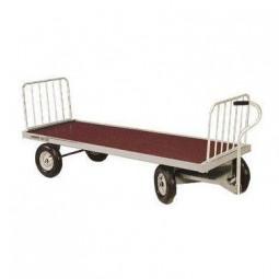 Chariot à fourrage