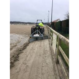 Prestation rameneur de bords pour sol équestre en sable - EKEEP